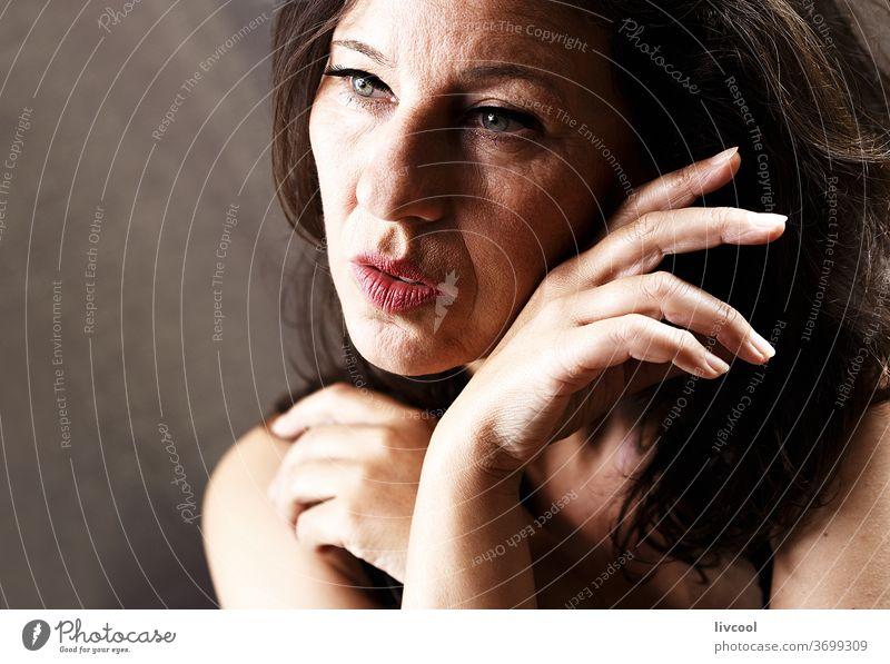 beauty mature woman II , spain - europe portrait beautiful attractive people romantic romantic attitude hand brown one people maturity adulthood lifestyle