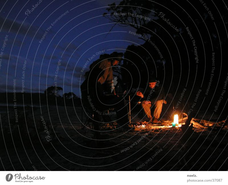 NIGHT BEACH CAMPFIRE Night Dark Beach Ocean National Park Australia Tasmania Burn 3 Mobile home Bay Fireplace Blaze Human being Sky