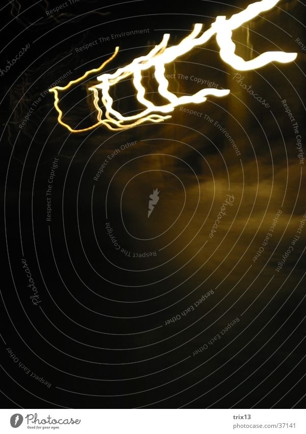 lightgames_4 Light Night Dark Stripe Yellow White Lamp Photographic technology Blur
