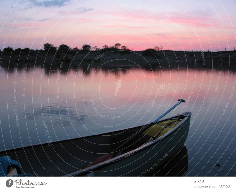 canoe on the loire Loneliness Canoe Night Calm Loire Sunset Clouds Red Watercraft Evening River Sky Paddle Blue Far-off places Island