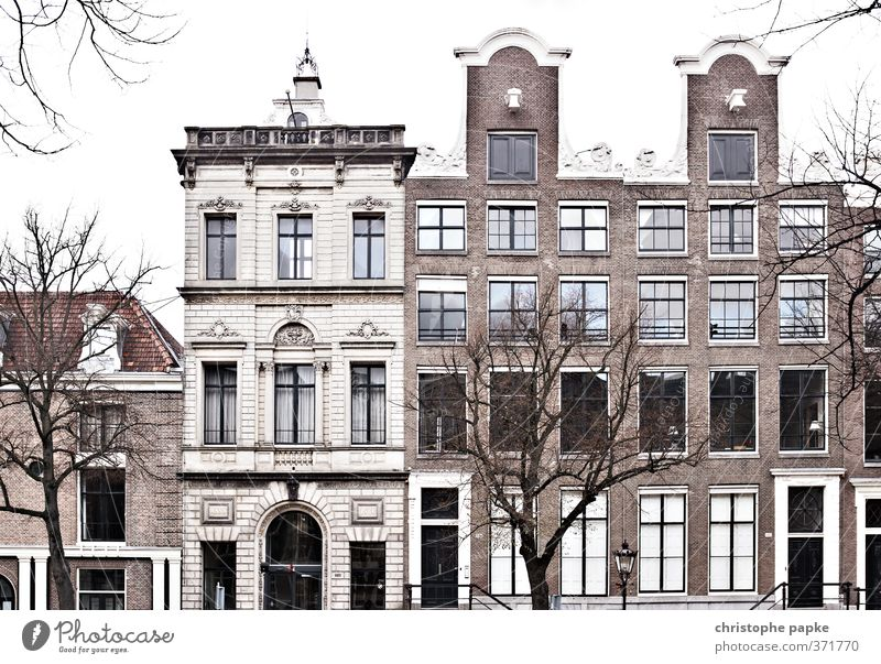 Old houses in Amsterdam; NL Historic Buildings House (Residential Structure) Luxury Living or residing Dream house Apartment house Town Downtown Deserted