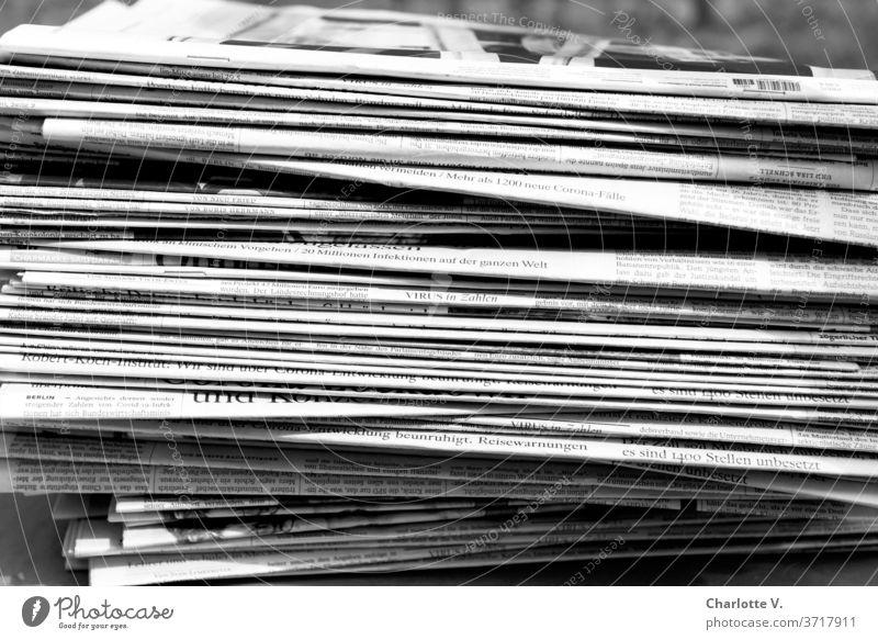 coronathoughts | newspaper stack with corona coverage #Corona newspapers piles of newspapers pandemic coronavirus Virus Reporting Black & white photo Journalism