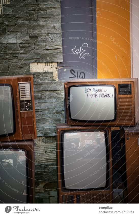 find the mistake - Television Vintage TV set vintage Bulk rubbish Trash waste Broken 70s 80s chuck away Old Television, television screen technology Program