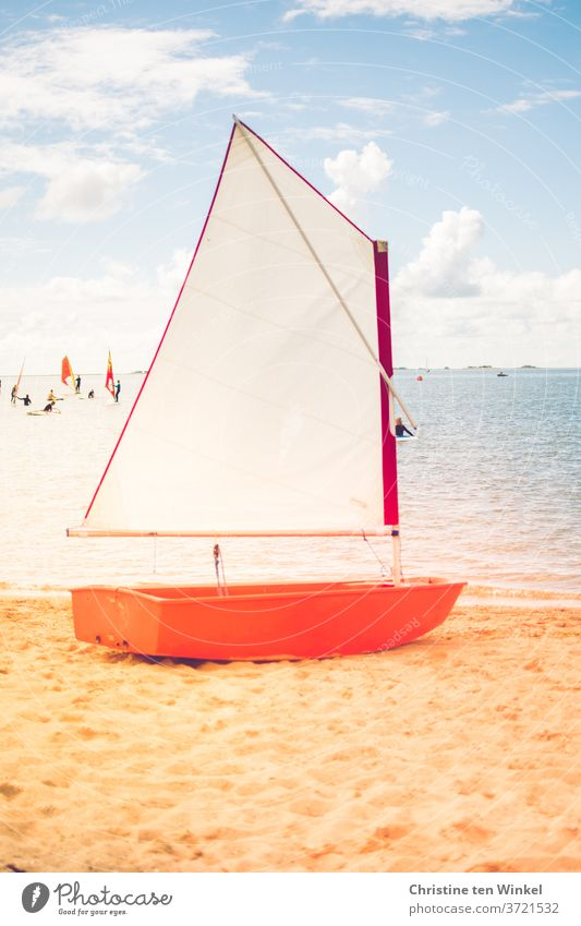 The little optimist dinghy is waiting on the beach for its mission | anticipation Dinghy boat Optimist Ocean North Sea sailing school Sky Sailboat Summer