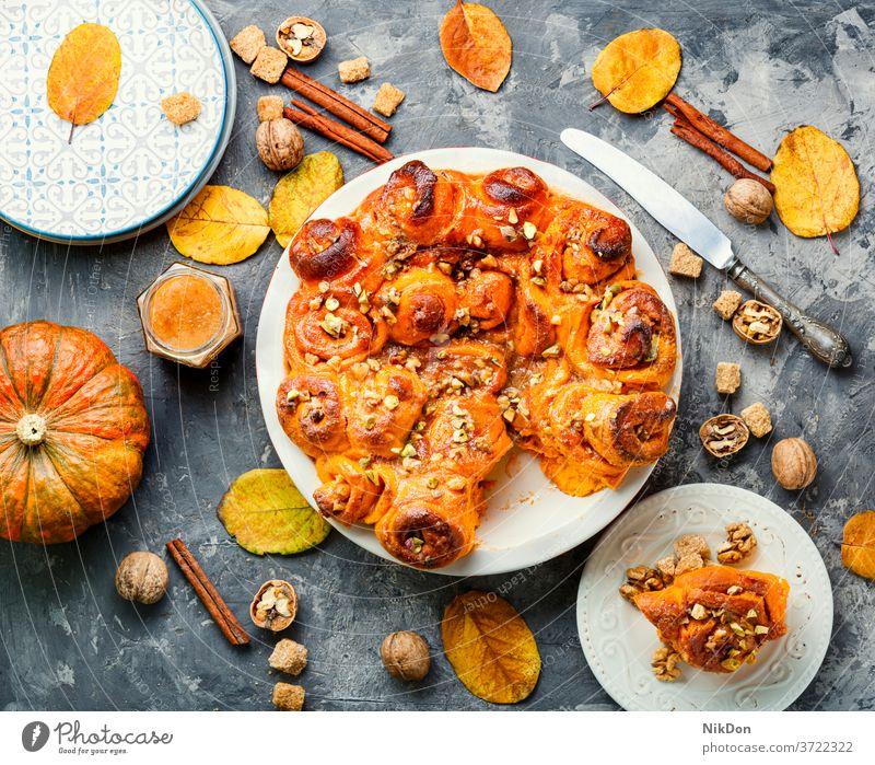 Cinnabon cinnamon rolls cream cinnabon bun classic pumpkin autumn pastry dessert baked swirl sweet spiral fall pistachio nut fresh walnut food brown tasty cake