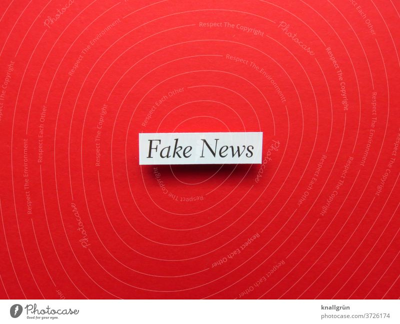 Fake News fake news Media Information False Journalism Print media Politics and state Newspaper Media industry opinion-forming Influence Manipulation peek