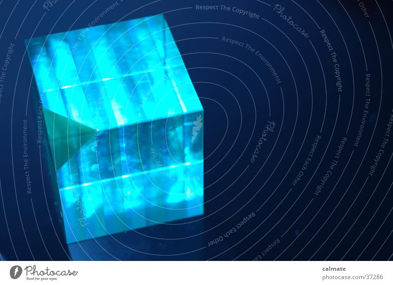 Blue Glass Corner Geometry Symmetry Cube Graphic Glimmer Object photography White balance Paperweight Dark background Bright Colours