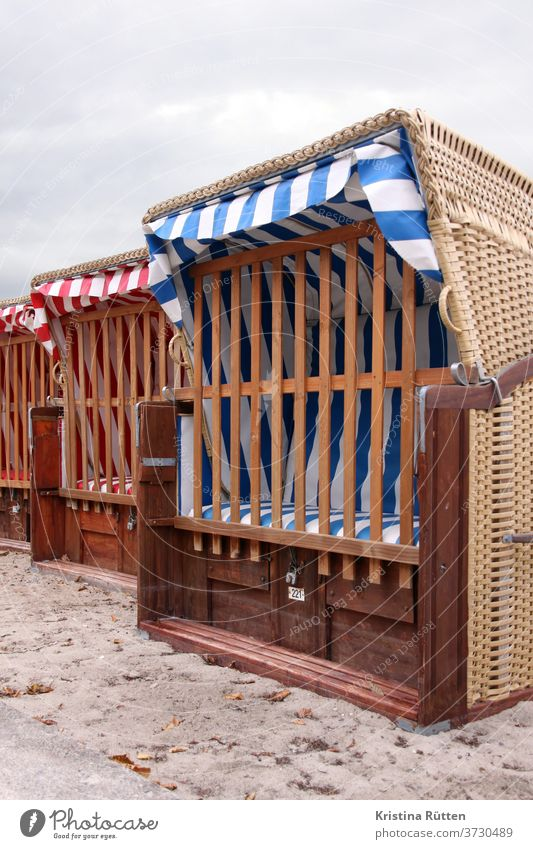 latticed beach chairs Grating wood wooden grid Lock locked completed Closed too Beach seating furniture Wooden rack foot boxes sitting niche Seat Sun blind