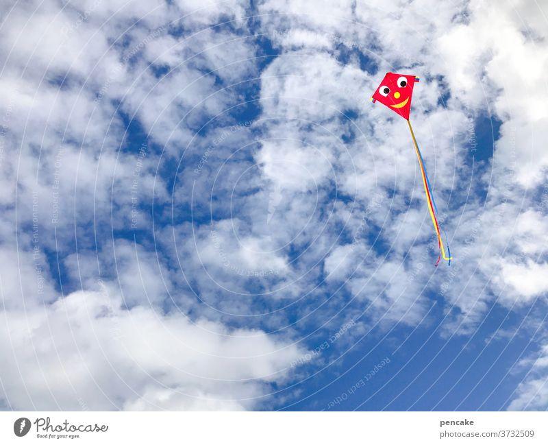 aero | dynamisch Himmel Wolken Drache Wind fliegen Spaß Kindheit Nordsee Urlaub Sommer Meer