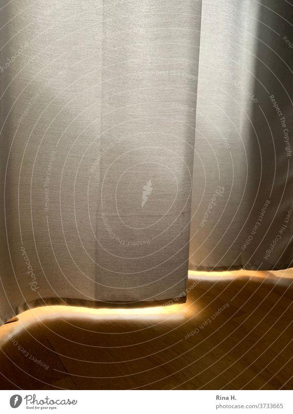 Light incidence under a curtain Curtain floor Wooden floor Interior sunshine sun protection