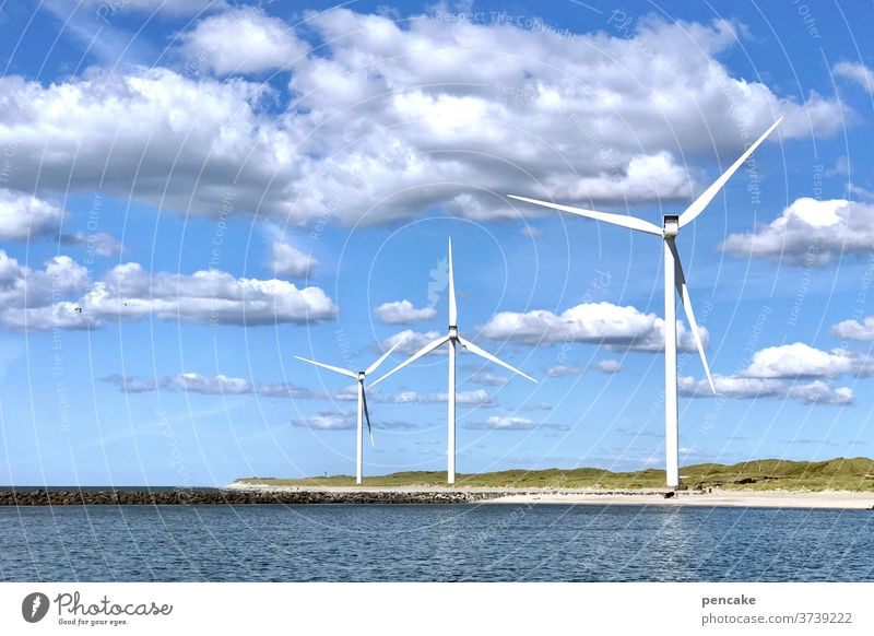 lebensnotwendig | energiewende Windkraft Strom Meer Nordsee Himmel Energie Wasser blau Natur