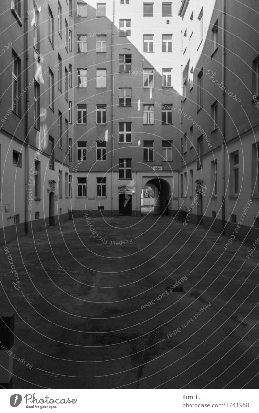 Backyard Berlin Mitte Architecture House (Residential Structure) Window Facade built Exterior shot Deserted Town Period apartment Capital city Downtown Old town