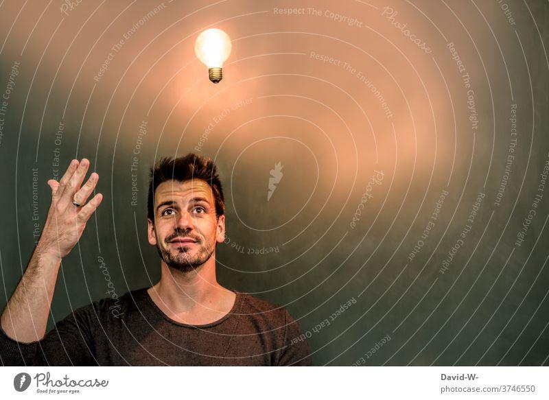 a light comes on - have an idea / an idea Electric bulb solution Success Illuminate Head enlightenment creatively genius Man Vista Think Lamp Education