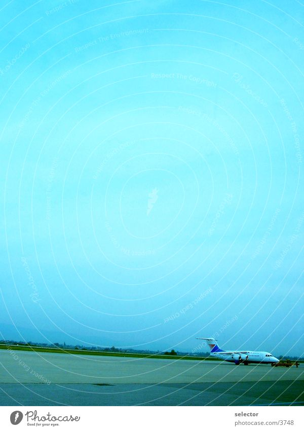 sky_over_zagreb Airplane Electrical equipment Technology Airport Sky