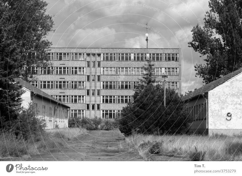 Riot police Brandenburg / Berlin Past Prefab construction b/w B/W Black & white photo B&W Loneliness Architecture Old Window
