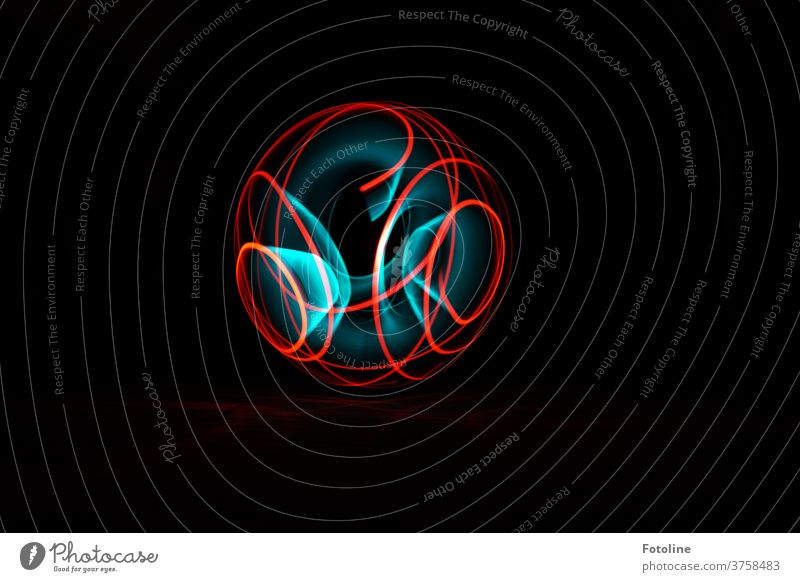 Orb - this is the name of these wonderful objects that are artistically created by light painting. Light light traces Lighting effect lines circles Tracks Black
