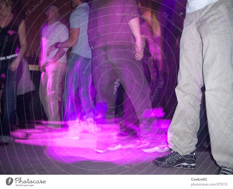 purple dance Night life Dance floor Club Long exposure Light show Party Light (Natural Phenomenon) Party goer