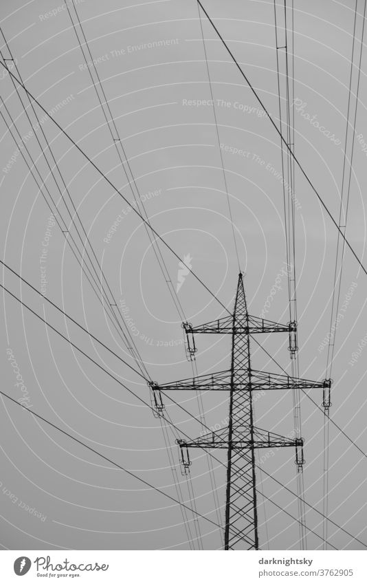 Cable of a high voltage overhead line with lattice mast Transmission lines Technology High voltage power line payload Carrying cantilever trussed girders