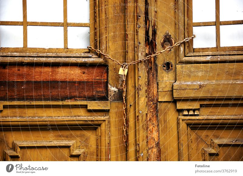 Closed - or the door of an old, long abandoned villa is locked with a chain lost places Deserted Colour photo Old Day House (Residential Structure) Architecture