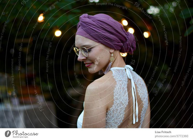 BRIDE - EVENING - SUMMER - EYES CLOSED - SCARF Woman 18 - 30 years Eyeglasses lace dress Bride Wedding dress purple White hip vintage eyes closed Back