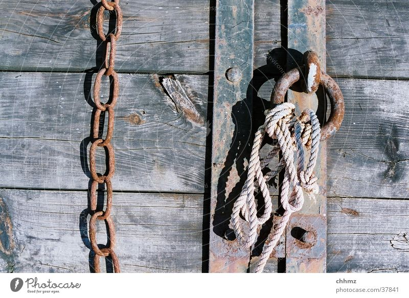 Wood Metal Rope Rust Chain Navigation Wooden board Iron Plank Rust Wood flour Patina Metal ring