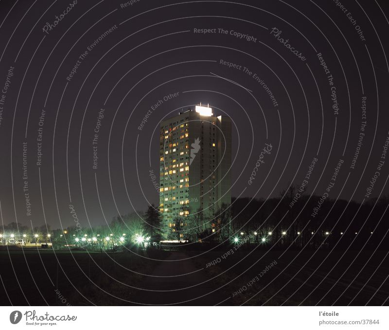 House (Residential Structure) Architecture High-rise Night sky