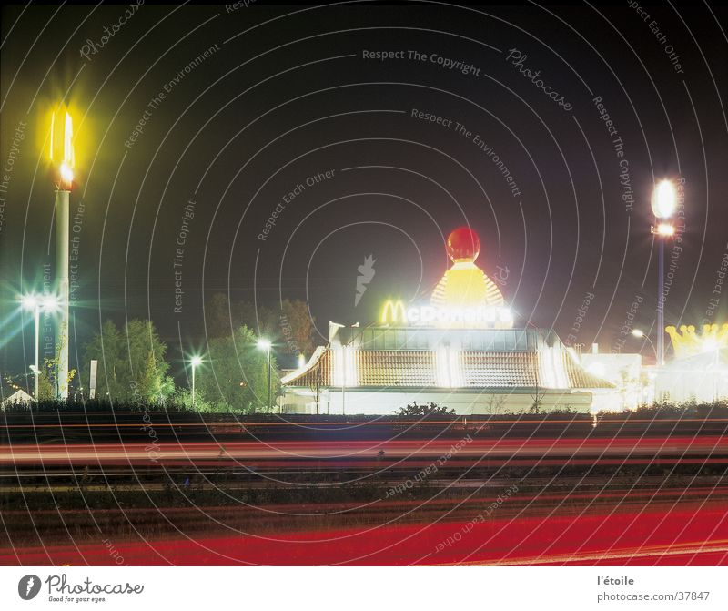 phobos/daimos Night Long exposure Highway Light Architecture mc. donald's