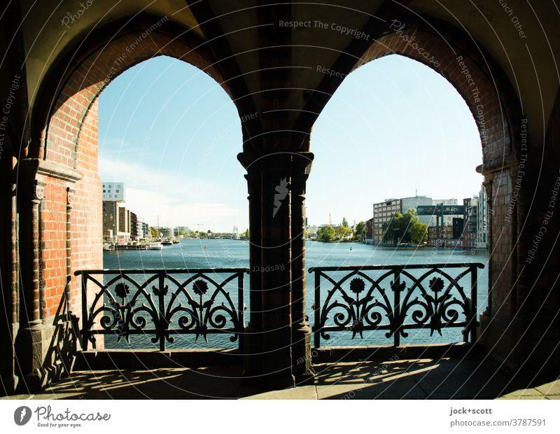 A pleasing view of the Spree Panorama (View) Architecture Silhouette Tourist Attraction River Bridge Friedrichshain-Kreuzberg cityscape Historic clinker