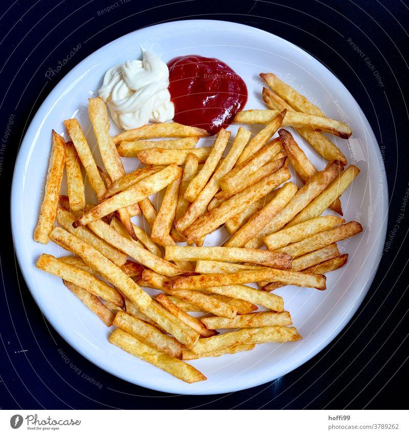 French fries mayo ketchup Mayonnaise Ketchup Fast food Delicious Unhealthy Plate Snack bar Finger food Eating Potatoes potato Potato dish
