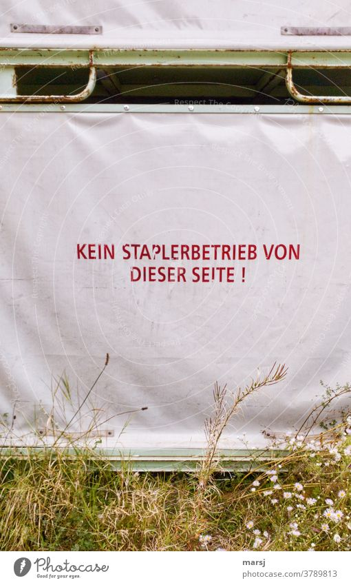 Tarpaulin with the inscription: No forklift operation from this side tarpaulin writing Forklift operation Red Covers (Construction) Protection Plastic Safety