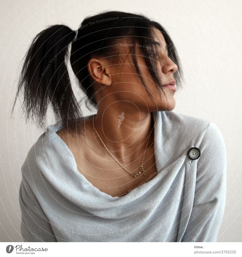 Samina portrait Earnest Sweater Woman Hair and hairstyles Long-haired Braids Time Black-haired Moody Concentrate Inspiration Expectation Concern Interest