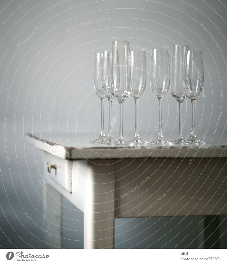Style Feasts & Celebrations Design Flat (apartment) Living or residing Elegant Glass Esthetic Table Furniture Alcoholic drinks Sparkling wine Champagne Prosecco