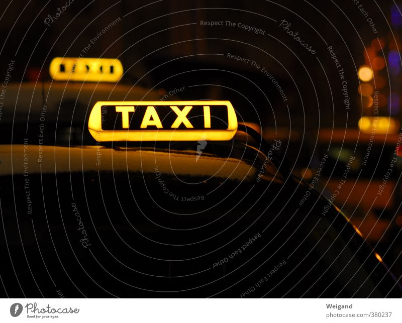 Word with X Night life Event Going out Feasts & Celebrations Transport Means of transport Passenger traffic Public transit Motoring Traffic light Vehicle Car