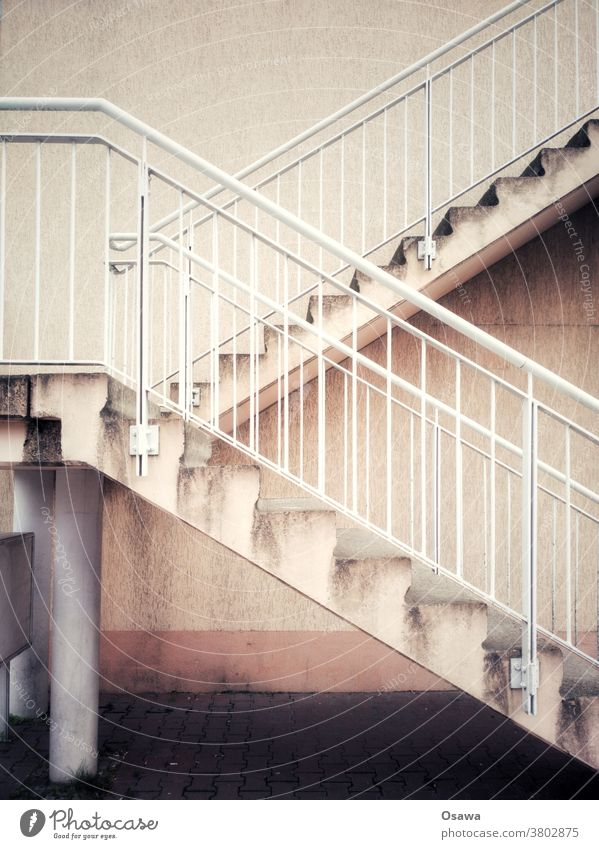External stairs in mediocre condition Stairs Banister rail Architecture Go up Landing Upward Downward House (Residential Structure) Component Wall (building)