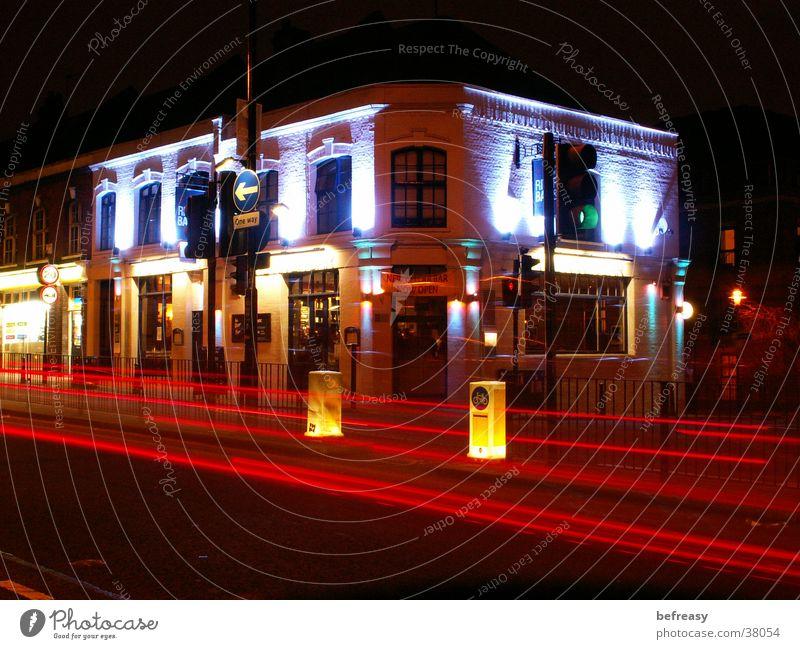 Bar in London House (Residential Structure) Lighting Road traffic Long exposure blue light red light