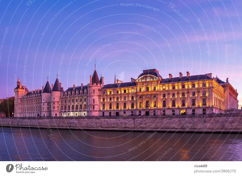 View of historic buildings in Paris, France Building Architecture Town River Seine Tourist Attraction Sunset Historic Old Water voyage vacation destination