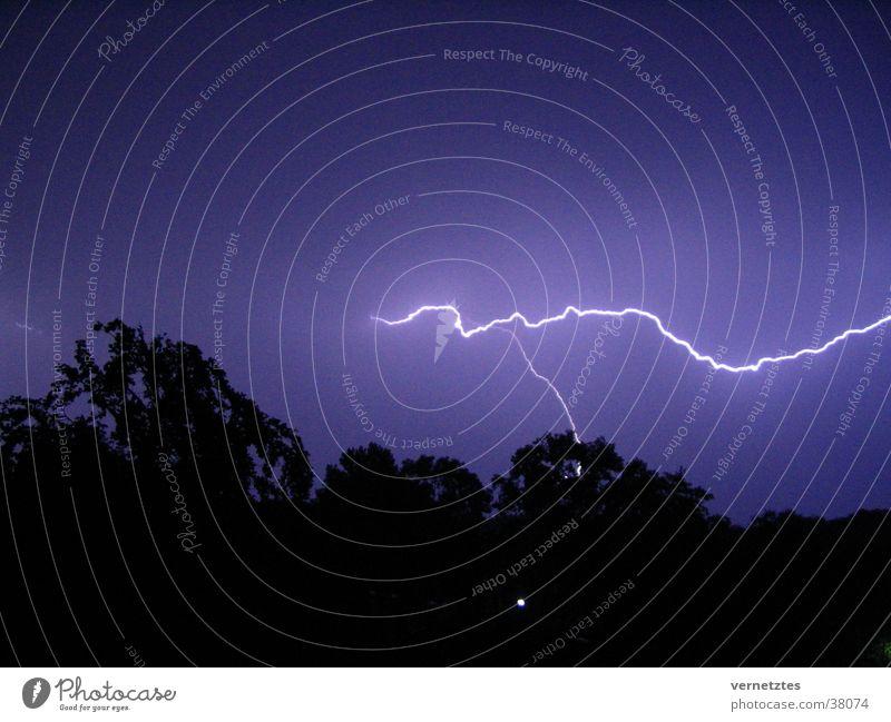 lightning bolt Lightning Thunder Dark Summer night Thunder and lightning