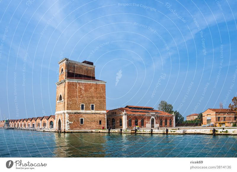 Historical buildings in the old town of Venice in Italy vacation voyage Town Architecture Tower arsenal House (Residential Structure) Building Old Channel Water