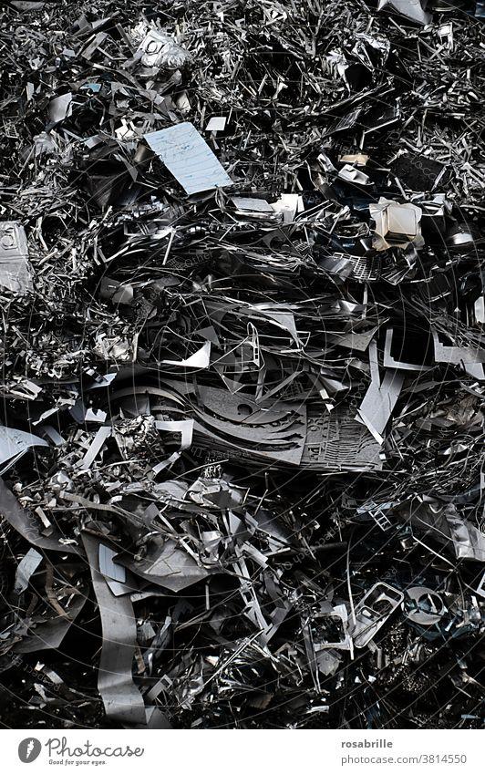 what remains of consumption: Metal scrap | Consumer terror Scrap metal Trash waste Scrap heap Garbage dump raw materials Recyclable materials utilization