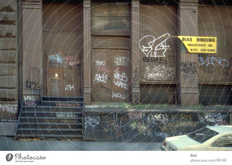 Street Wall (building) Architecture USA Sidewalk New York City Slum area Soho