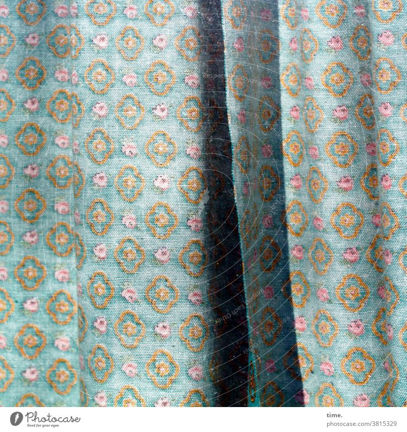 Flavouring Cloth Curtain Drape Hang mask sb./sth. mystery Envelop Protection Safety Border Light Shadow crease Folds Old Pattern Crease