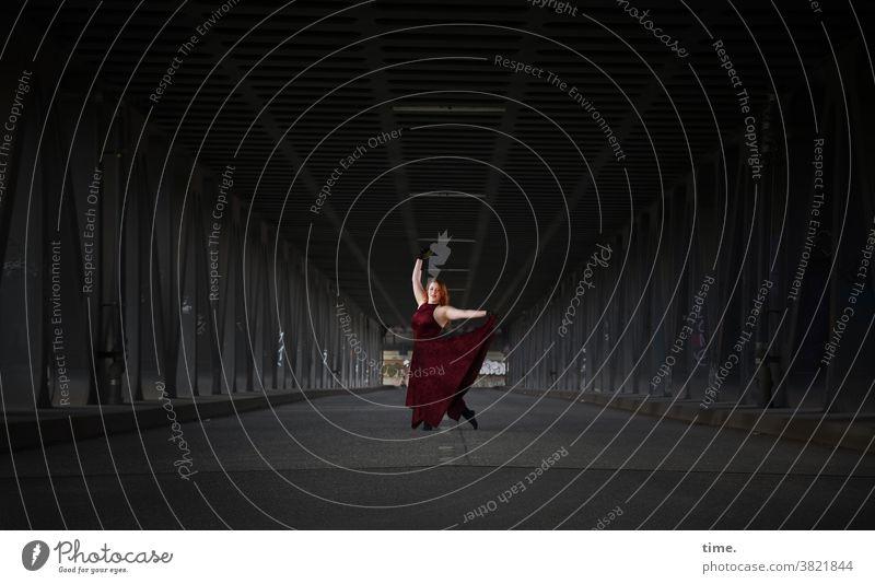 anastasia Dress Woman dance Dance Bridge Theatre Concentrate actress Dark Red Art Movement