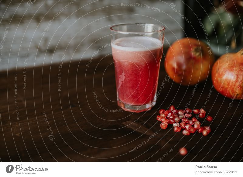 Pomegranate juice Fruit Fruity Healthy Healthy Eating Food Fresh Nutrition Red Delicious Interior shot Organic produce Vegetarian diet Vitamin-rich Diet