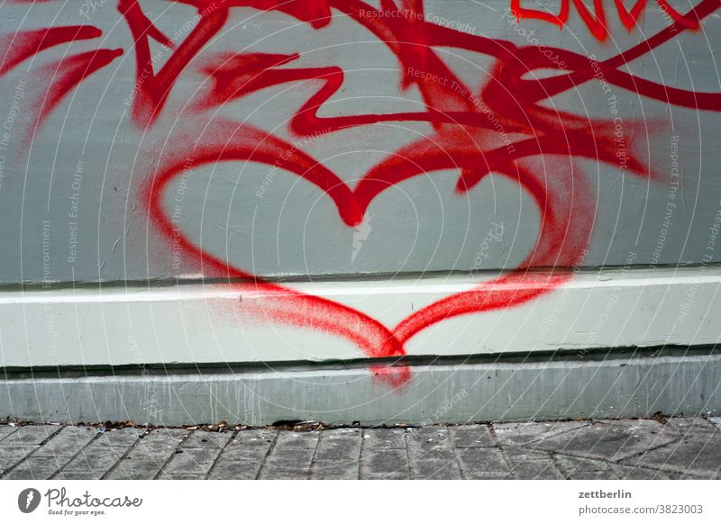 heart Remark relation embassy emotion Colour Spring fever sensation sprayed graffiti Grafitto Heart illustration Art Love Wall (barrier) Message message Slogan