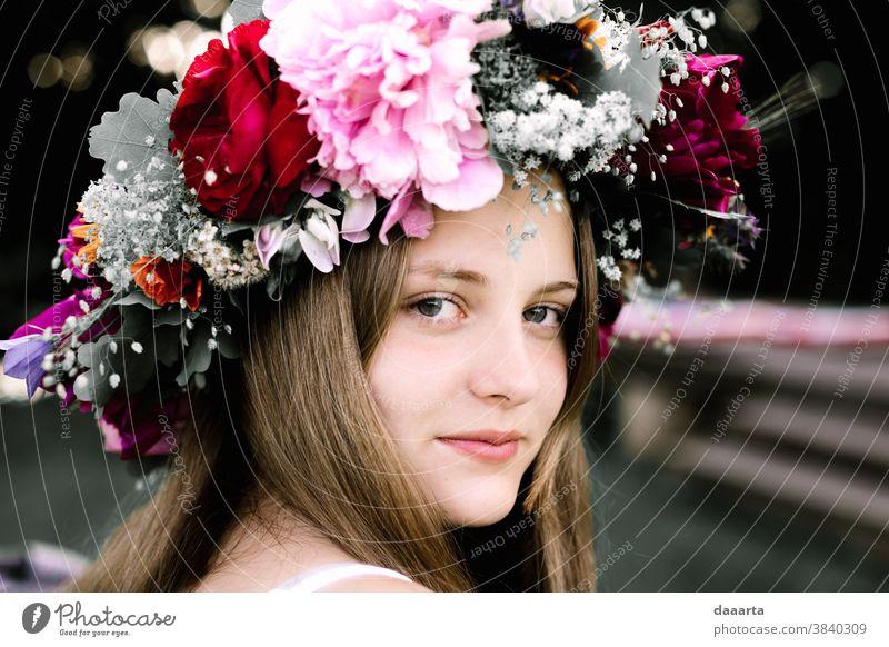 Martas midsummer dreams 2 flowers Life Joy Elegant Leisure and hobbies Harmonious Summer Adventure Feminine Summer vacation Youth (Young adults) Mother Brunette