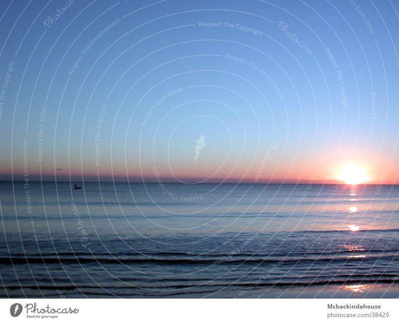 sea-sunrise Sunrise Ocean Beach Vacation & Travel Calm Light Waves Peace Blue