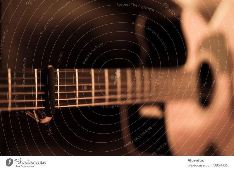 Capo 3rd fret Guitar Music Musical instrument Make music Acoustic Sound Musical instrument string Guitar string capodaster Guitar neck Compose String instrument