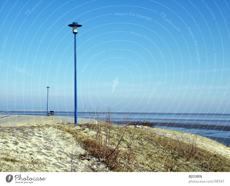 See the sea #16 - lighthouse light Lamp Lantern Bushes Grass Dike Ocean Lake Tide Beach Horizon East Frisland Sky Blue wise Sand Lanes & trails Water
