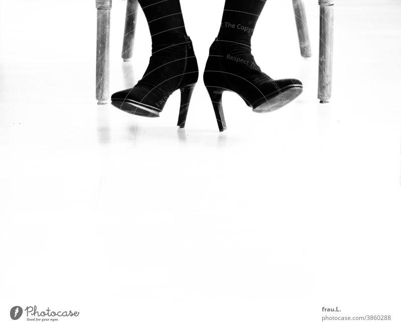 Six legs, two feet, 1 pair of bootees Women's legs Woman Sit Armchair Footwear High heels high heels Stilettos Cane chair