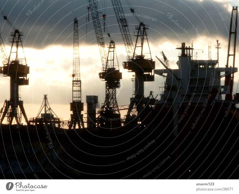 harbor Dock Hamburg Harbour Elbe Jetty Rain Shipyard